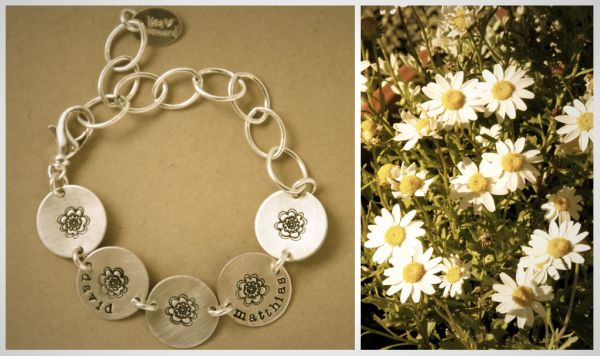 daisy-chain-bracelet-4-custom-mommy-necklaces