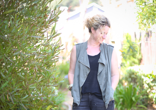 drapey vest lisa leonard-05