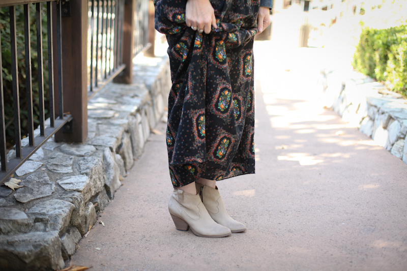 summer-dress-to-fall-dress-lisa-leonard-04