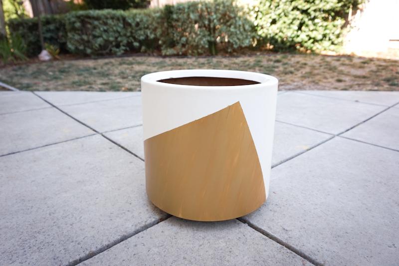diy-fiberglass-planter-lisa-leonard-04